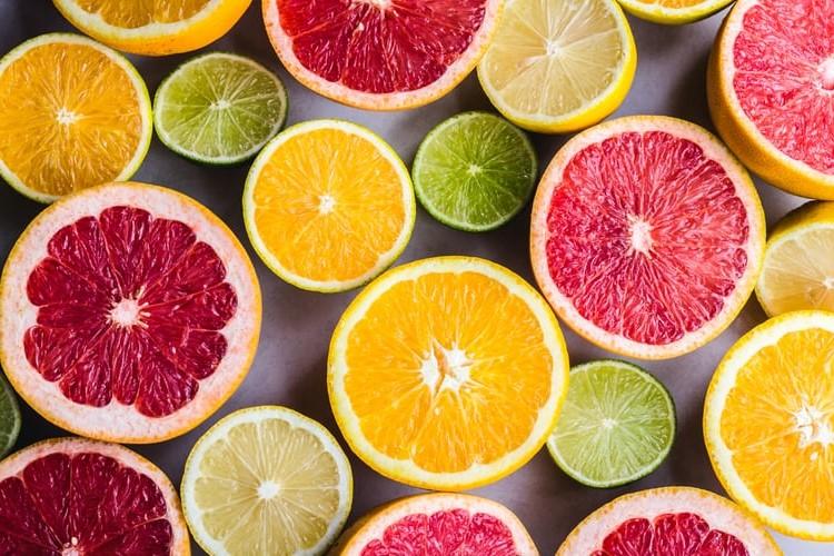 «Quiero las naranjas rojas»